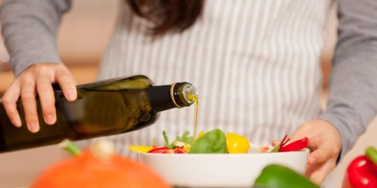 Benessere e salute: il (fondamentale) ruolo dell'olio extravergine d'oliva
