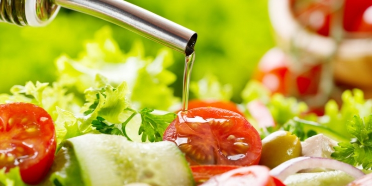 Detassare l'olio d'oliva per incentivarne i consumi